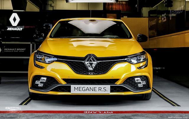 Renault-Megan-RS-Trophy4793478.jpg