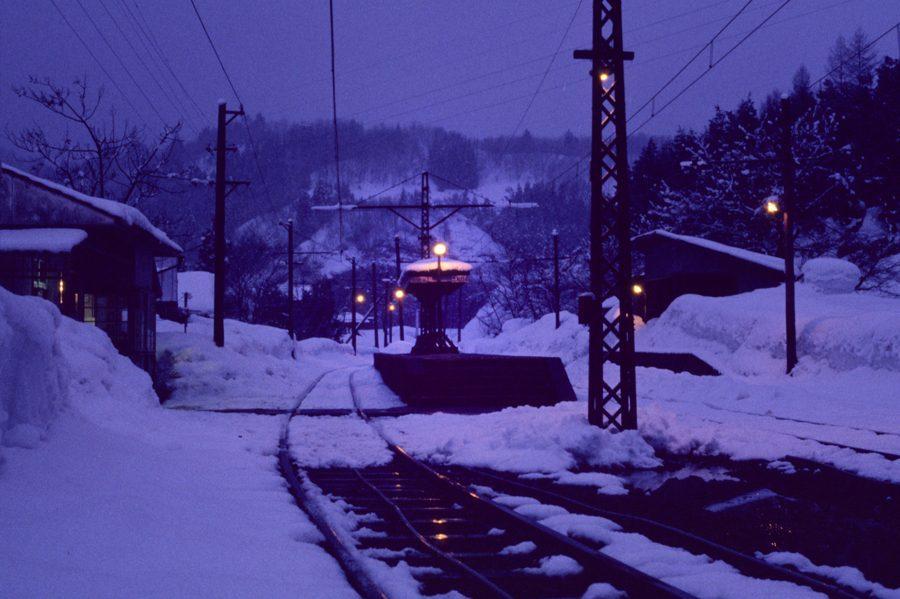 蒲原鉄道 夜の七谷駅1 1981年2月17日 16bitAdobeRGB原版 take1b