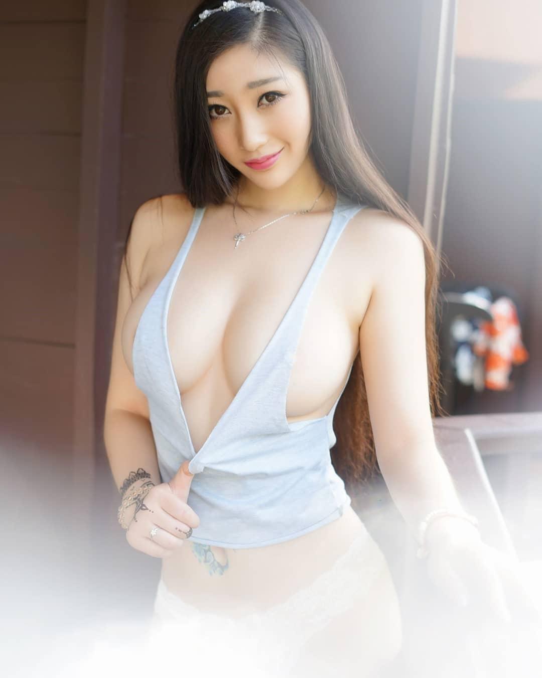 ASIAN042.jpg