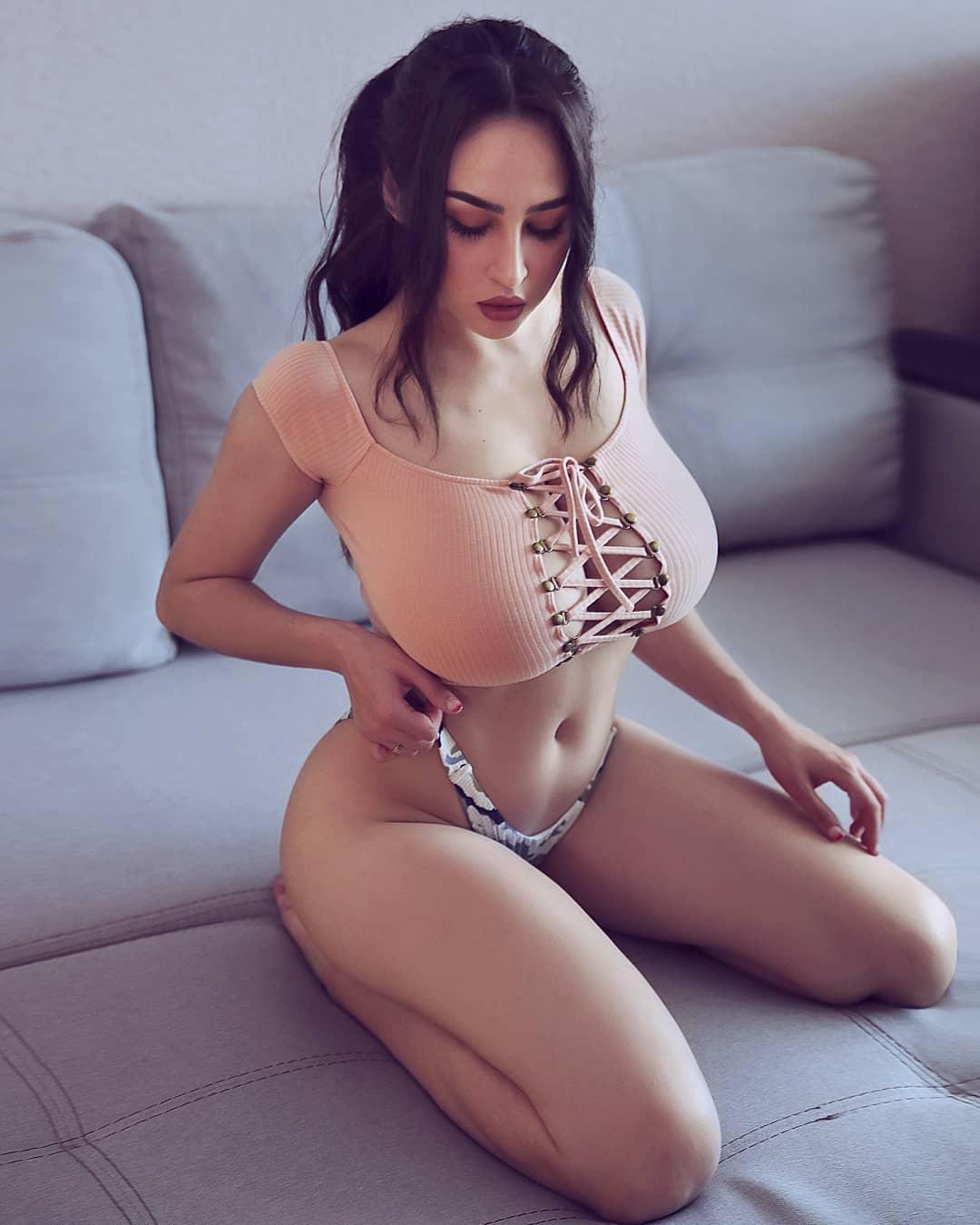 Louisa_Khovanski062.jpg