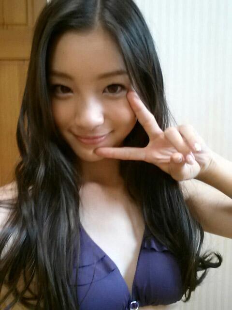 adachi_rika092.jpg