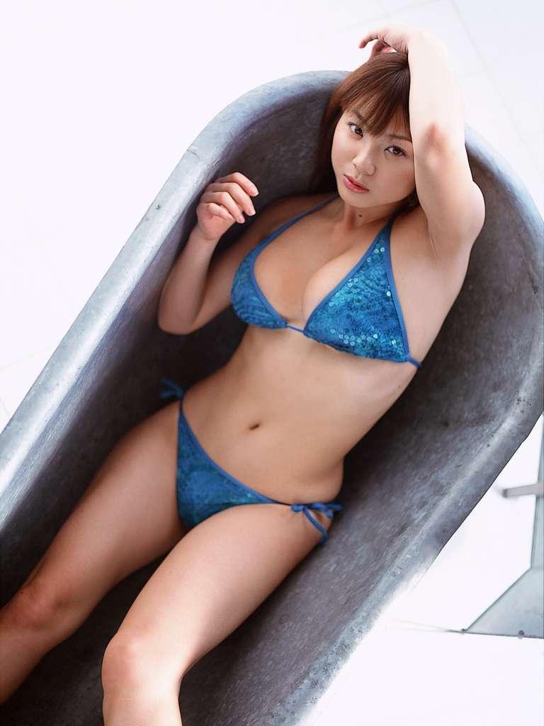 aizawa_hitomi204.jpg
