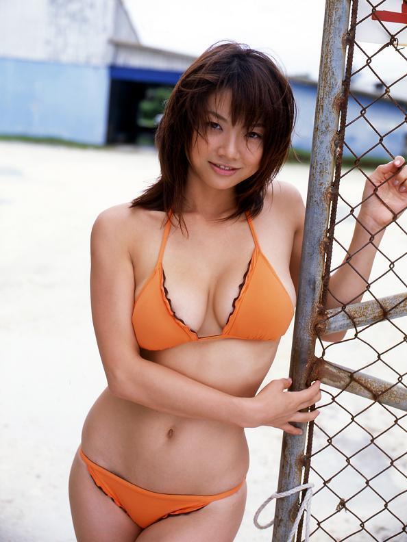 aizawa_hitomi216.jpg