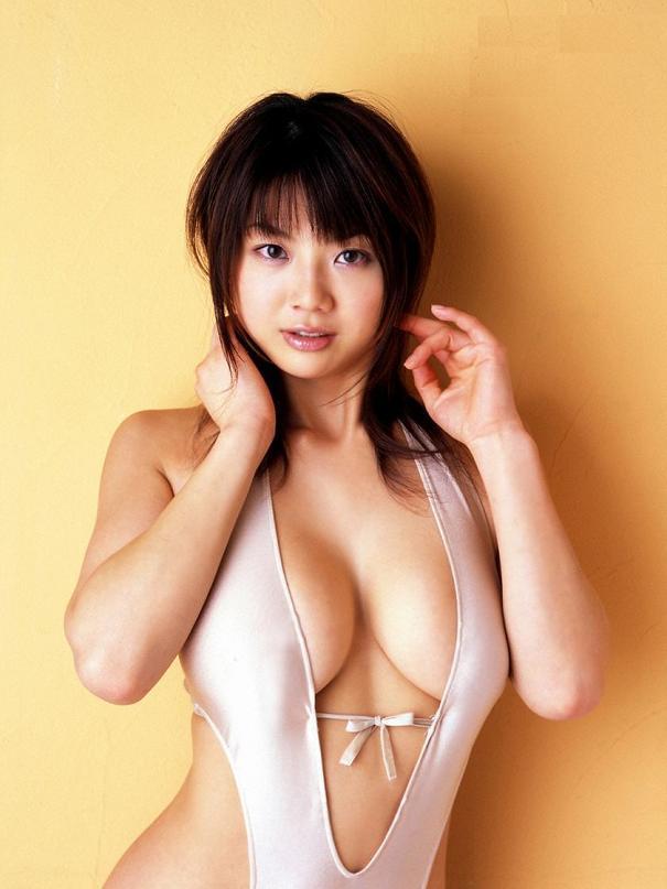 aizawa_hitomi218.jpg