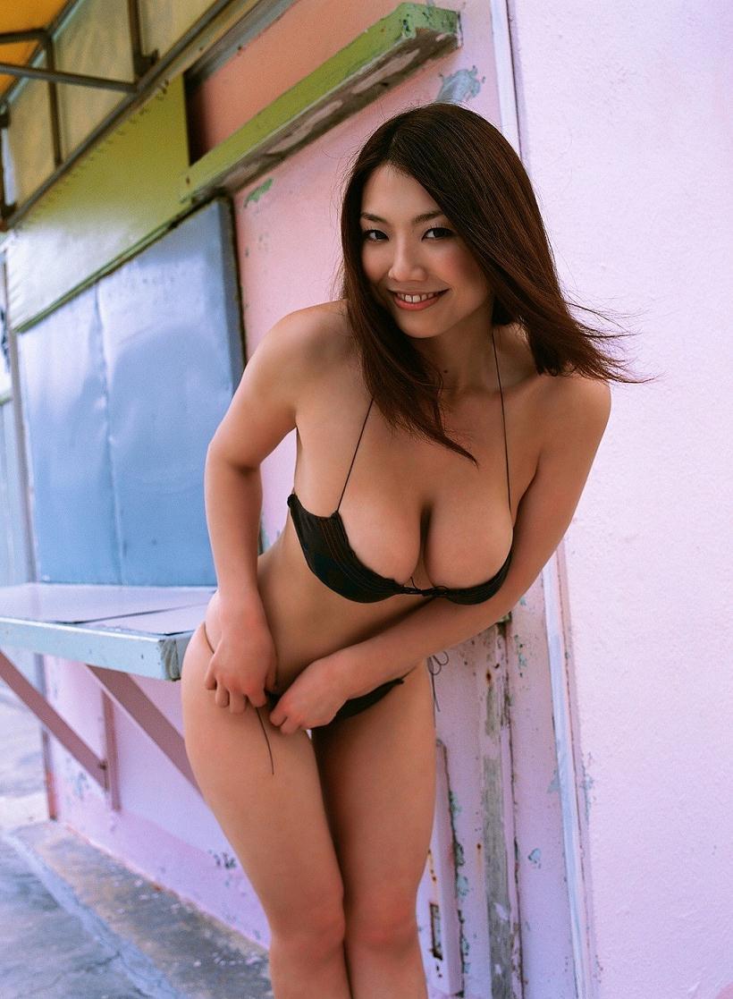 aizawa_hitomi235.jpg