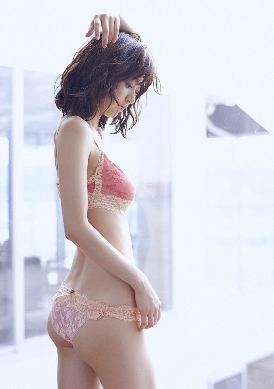 aizawa_rina083.jpg