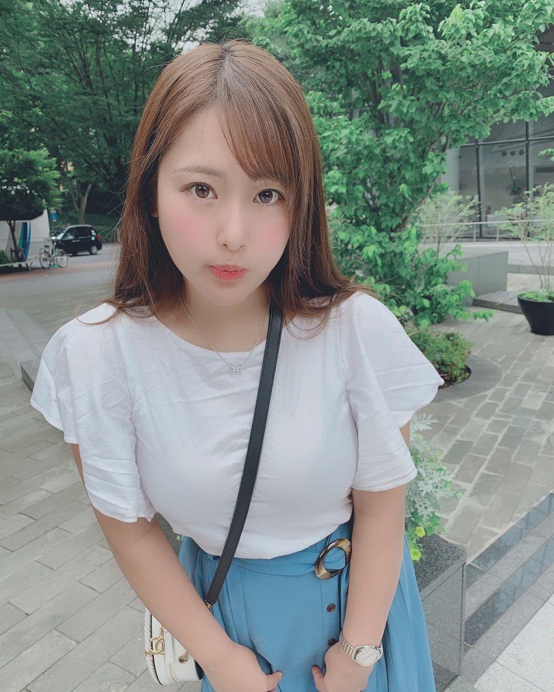 akiyama_kaho078.jpg