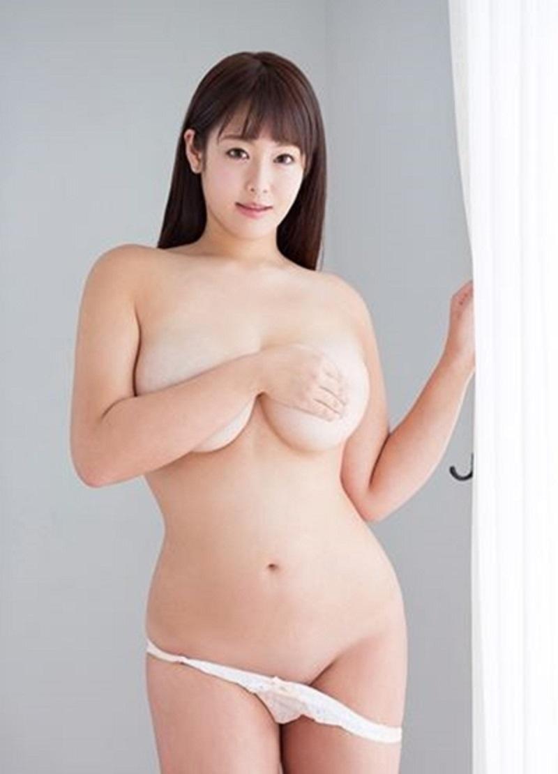 akiyama_kaho122.jpg