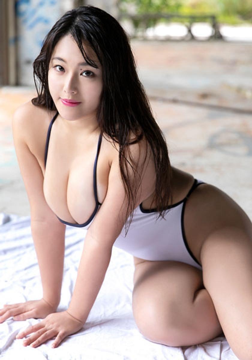 akiyama_kaho126.jpg