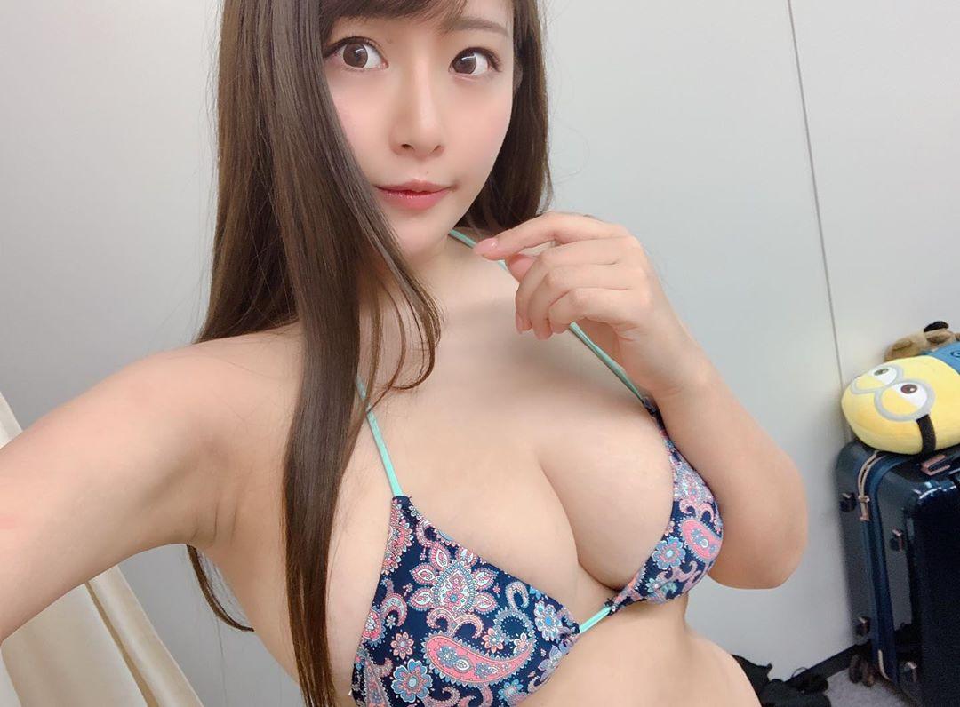 akiyama_kaho178.jpg