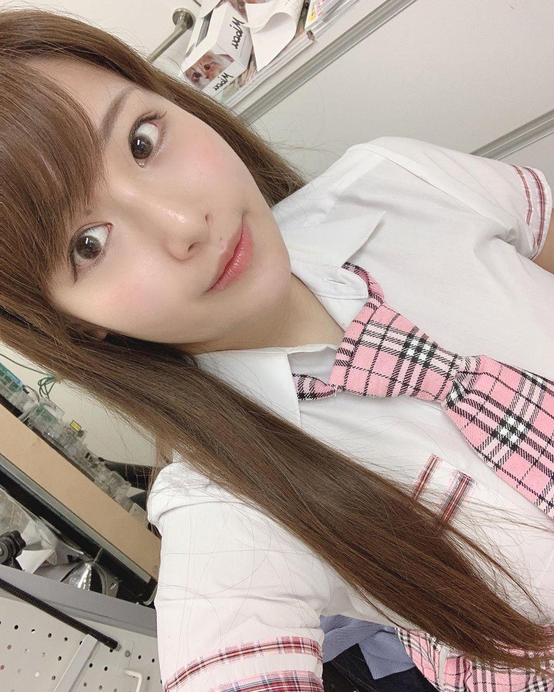 akiyama_kaho195.jpg