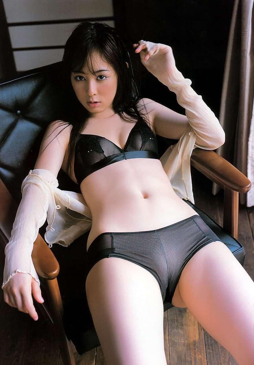 akiyama_rina205.jpg