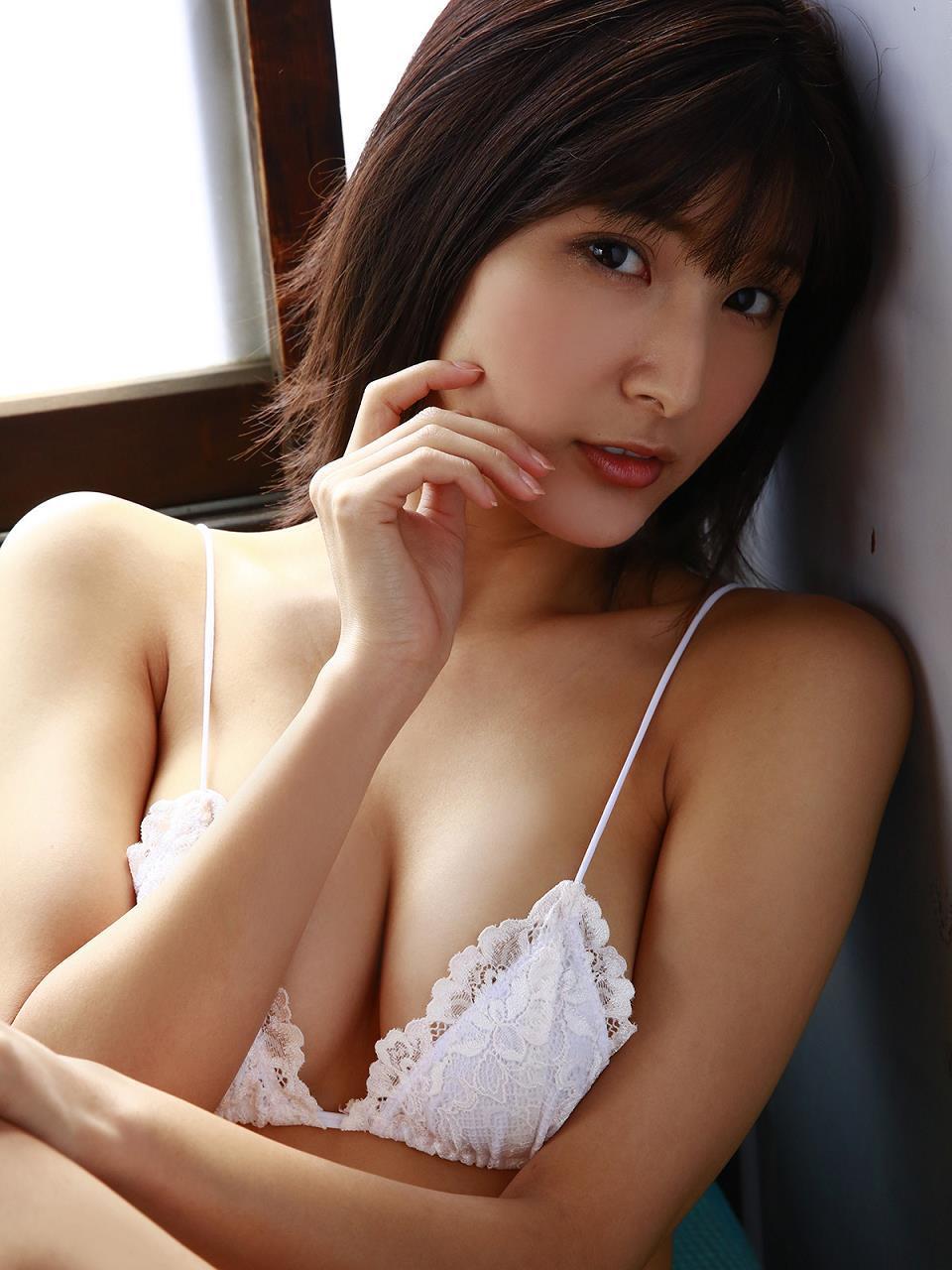 ayakawa_hinano099.jpg