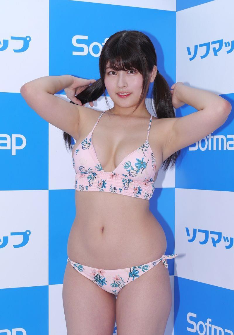 chitose_yoshino013.jpg