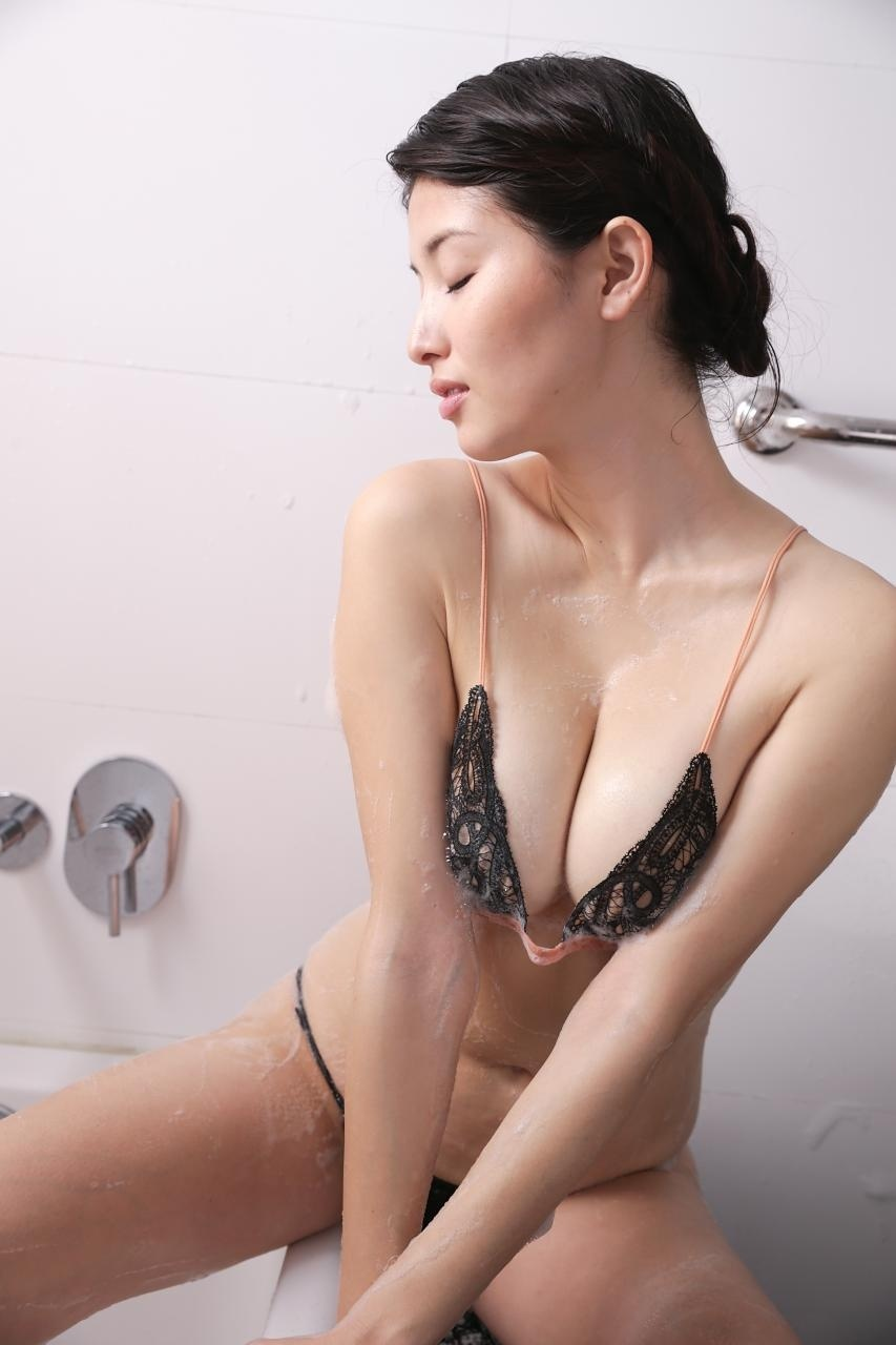 hashimoto_manami165.jpg