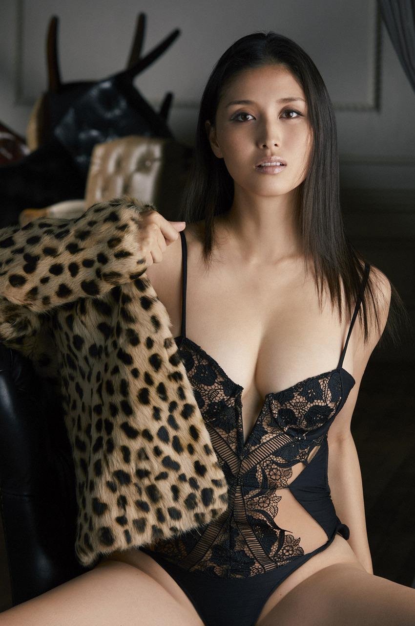 hashimoto_manami175.jpg