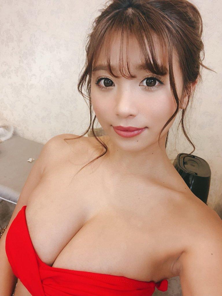 hazuki_aya138.jpg