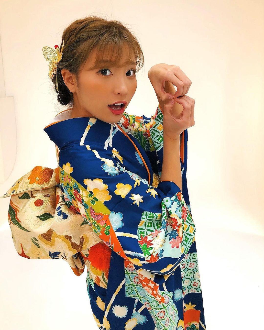 hazuki_aya210.jpg