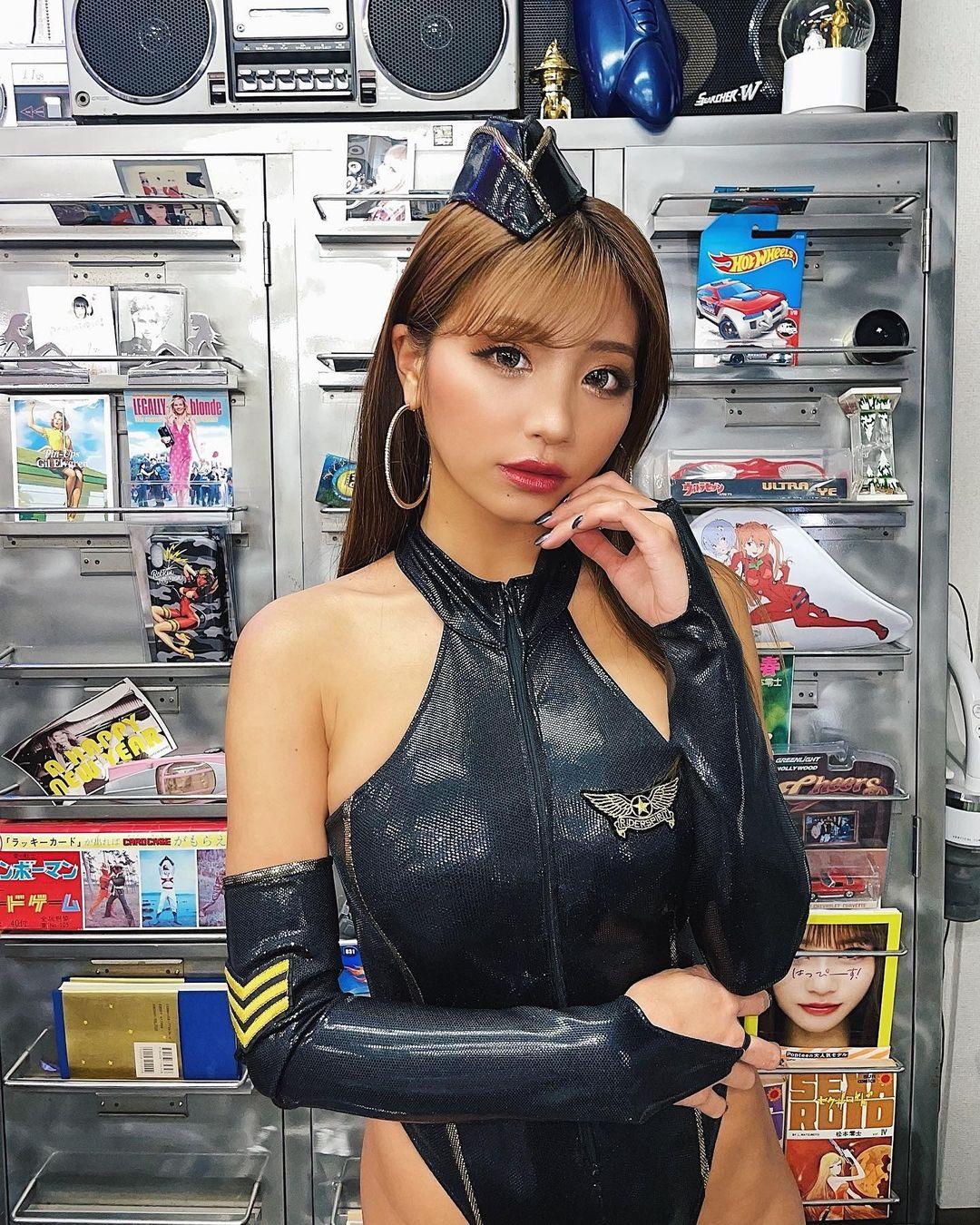 hazuki_aya212.jpg