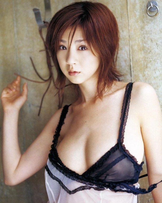 hoshino_aki151.jpg