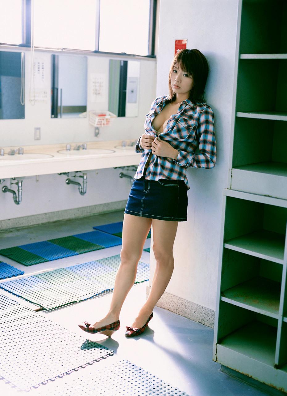 hotta_yuika150.jpg