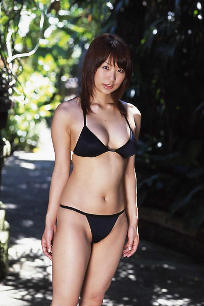 hotta_yuika157.jpg