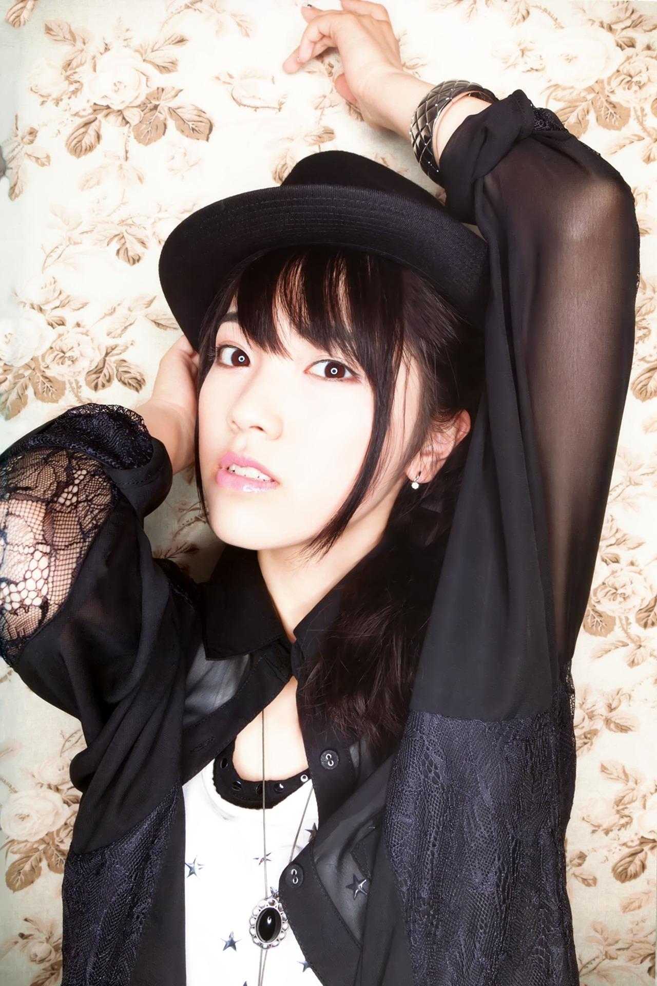 ishihara_kaori030.jpg