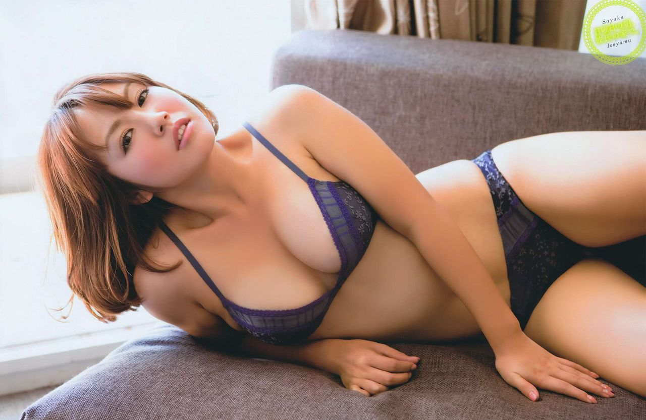isoyama_sayaka145.jpg