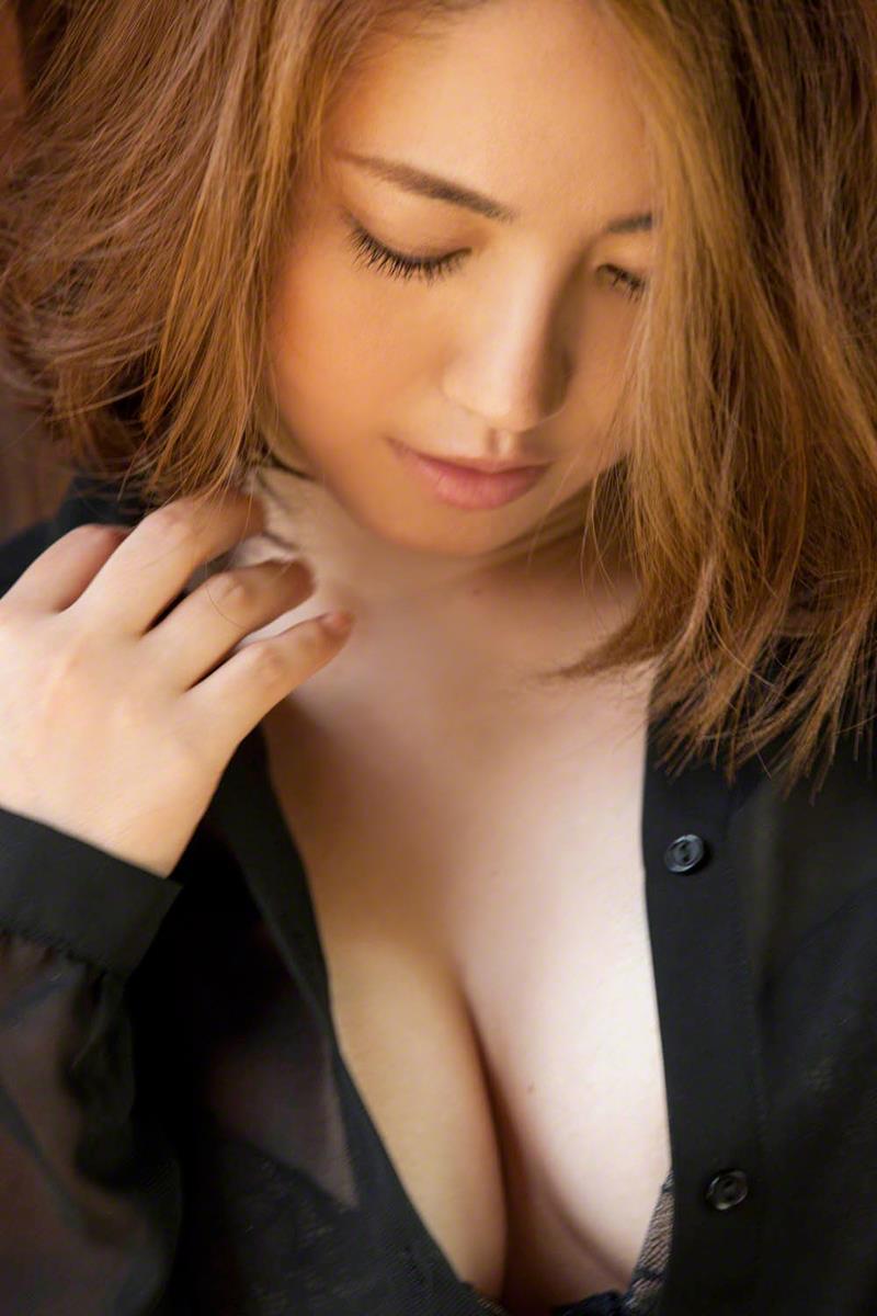 isoyama_sayaka192.jpg