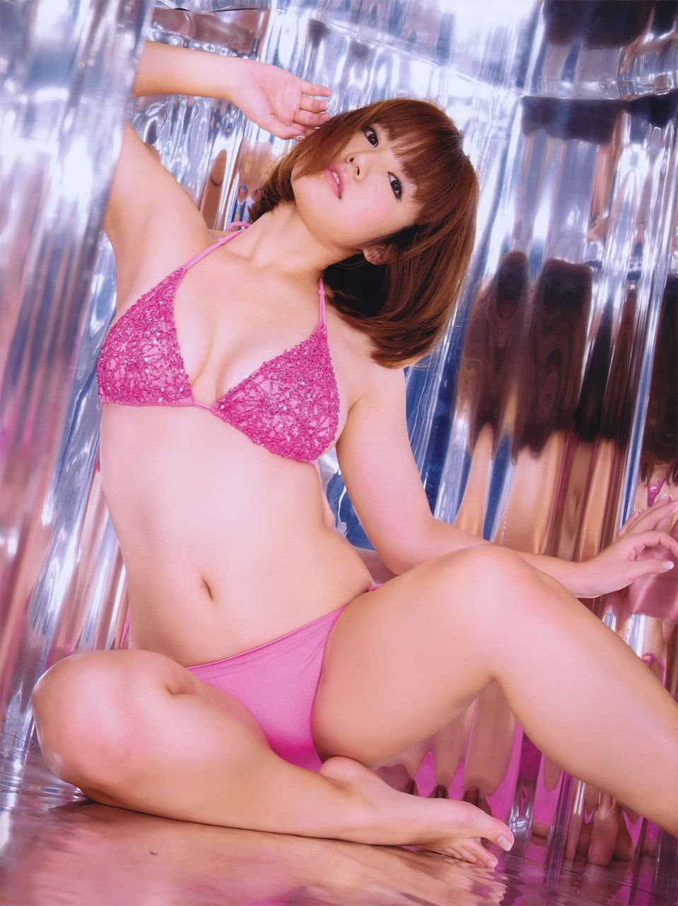 isoyama_sayaka203.jpg