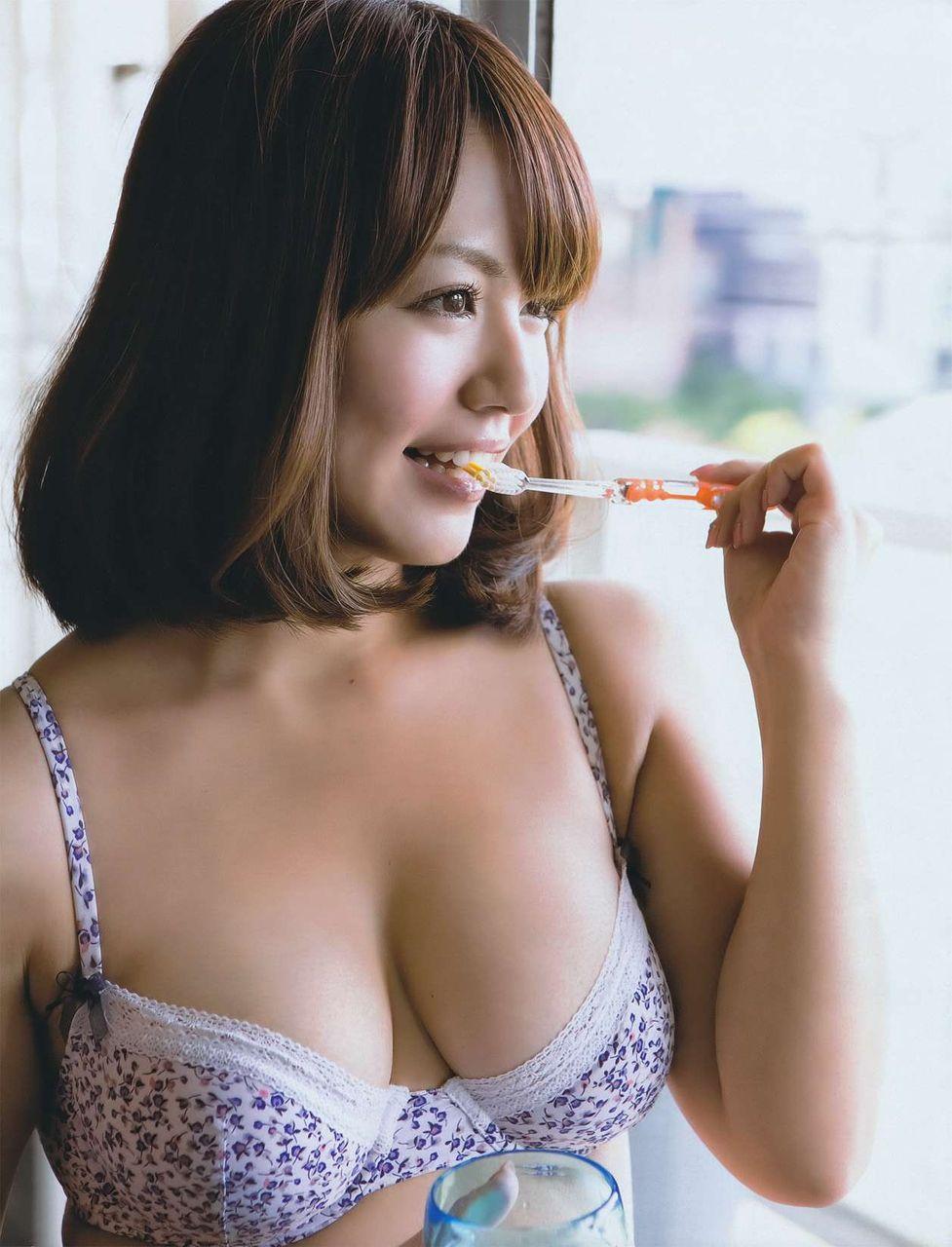 isoyama_sayaka204.jpg