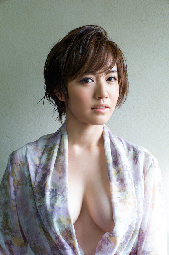 isoyama_sayaka249.jpg