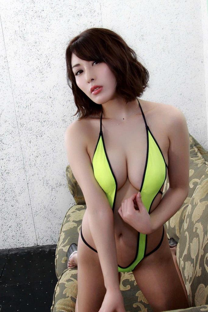 kaneko_satomi136.jpg