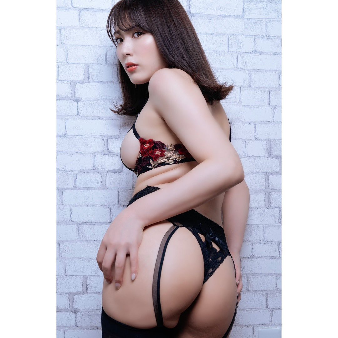 kaneko_satomi156.jpg