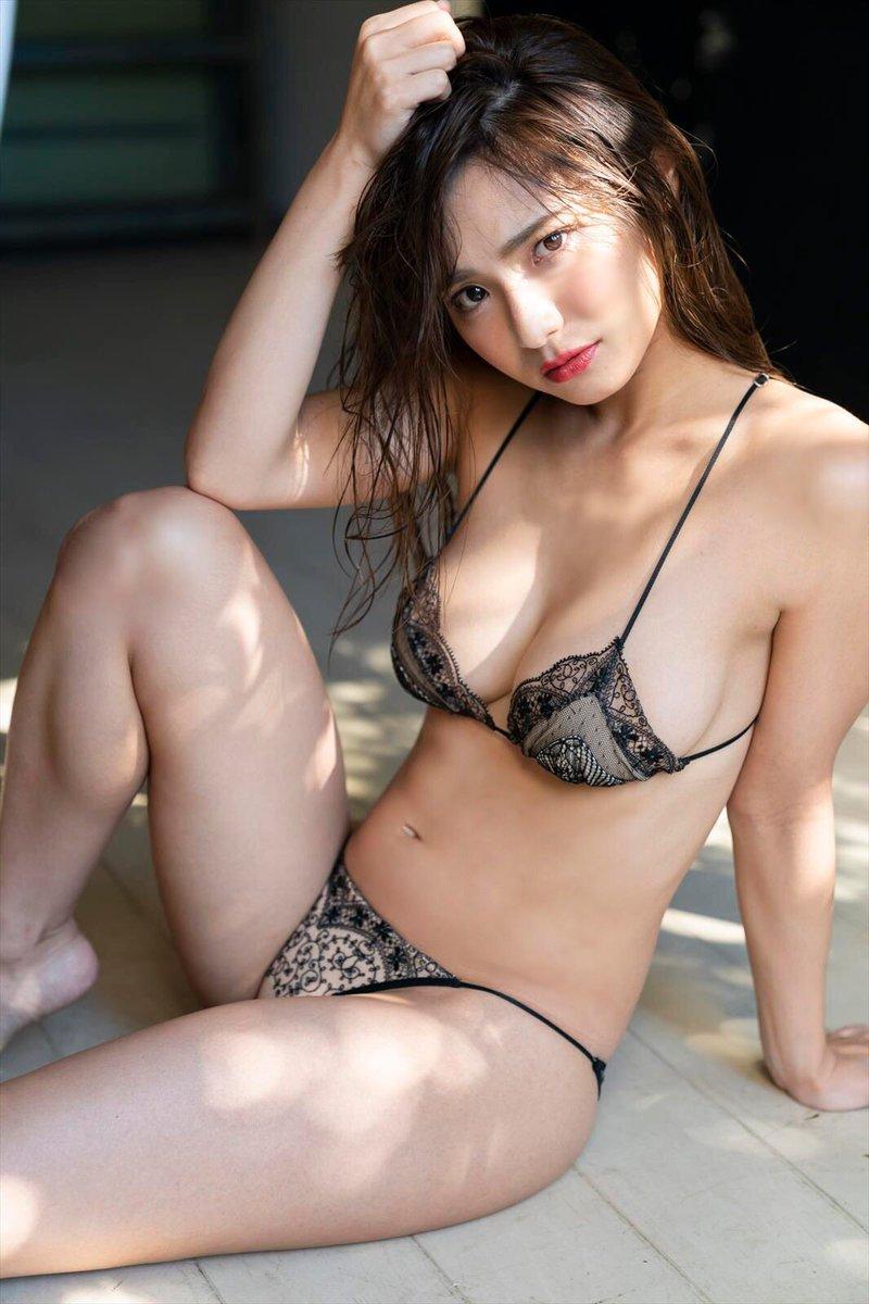 kataoka_saya239.jpg