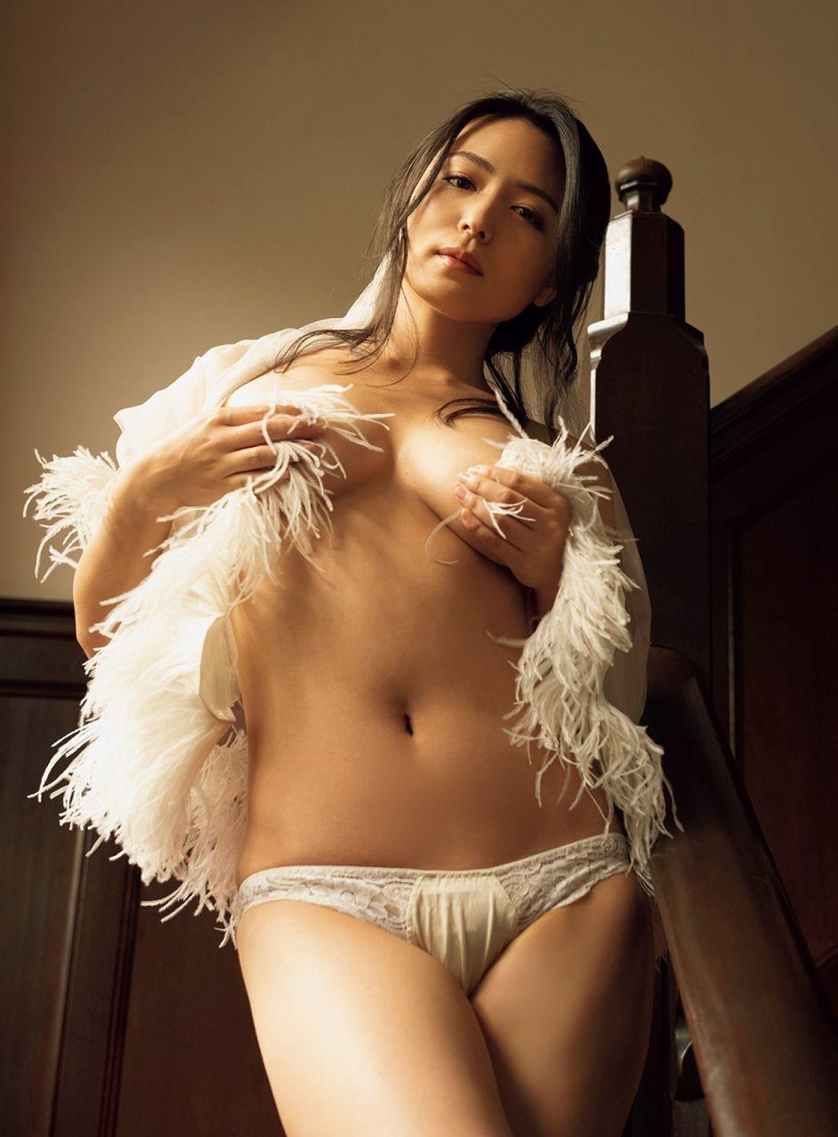 kawamura_yukie135.jpg
