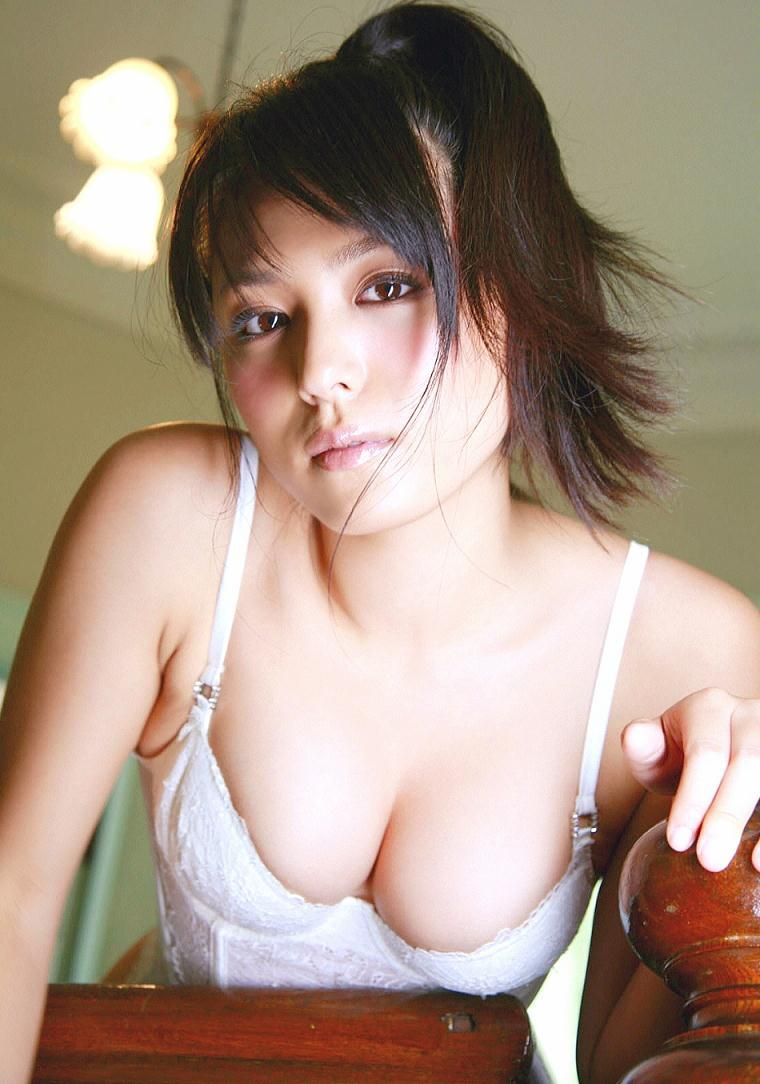 kawamura_yukie143.jpg