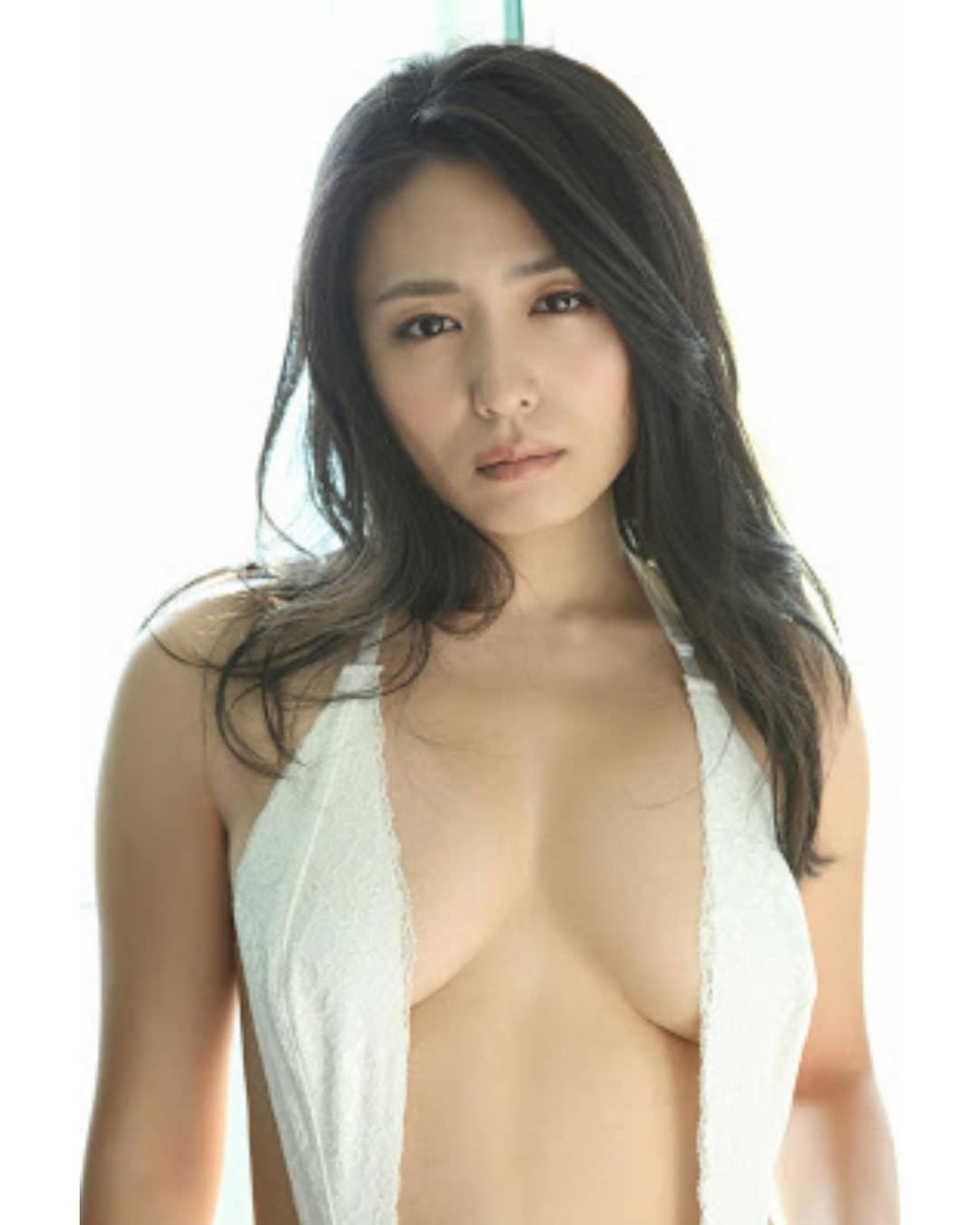 kawamura_yukie176.jpg
