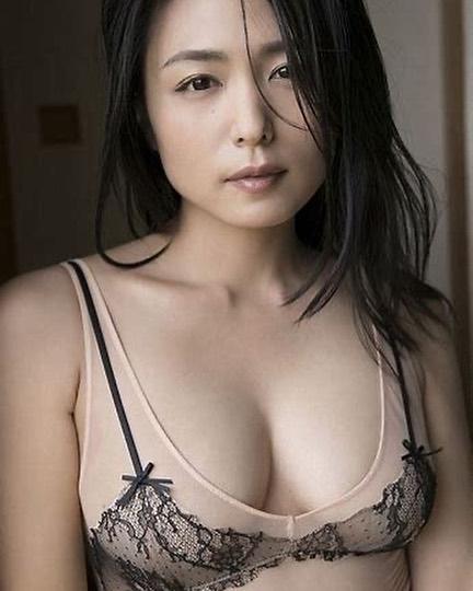 kawamura_yukie179.jpg