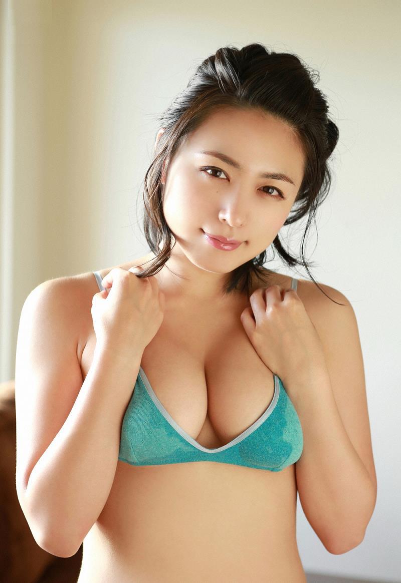 kawamura_yukie184.jpg
