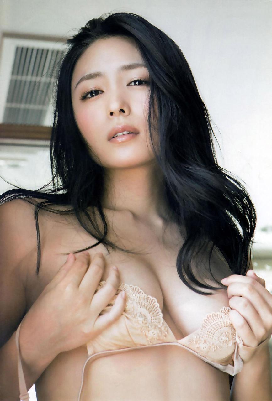 kawamura_yukie185.jpg