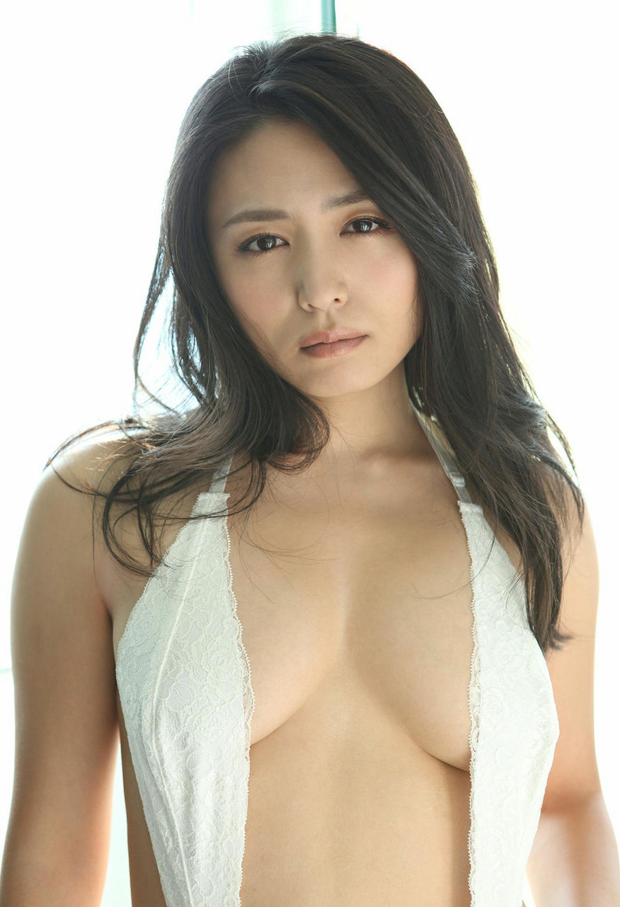 kawamura_yukie190.jpg