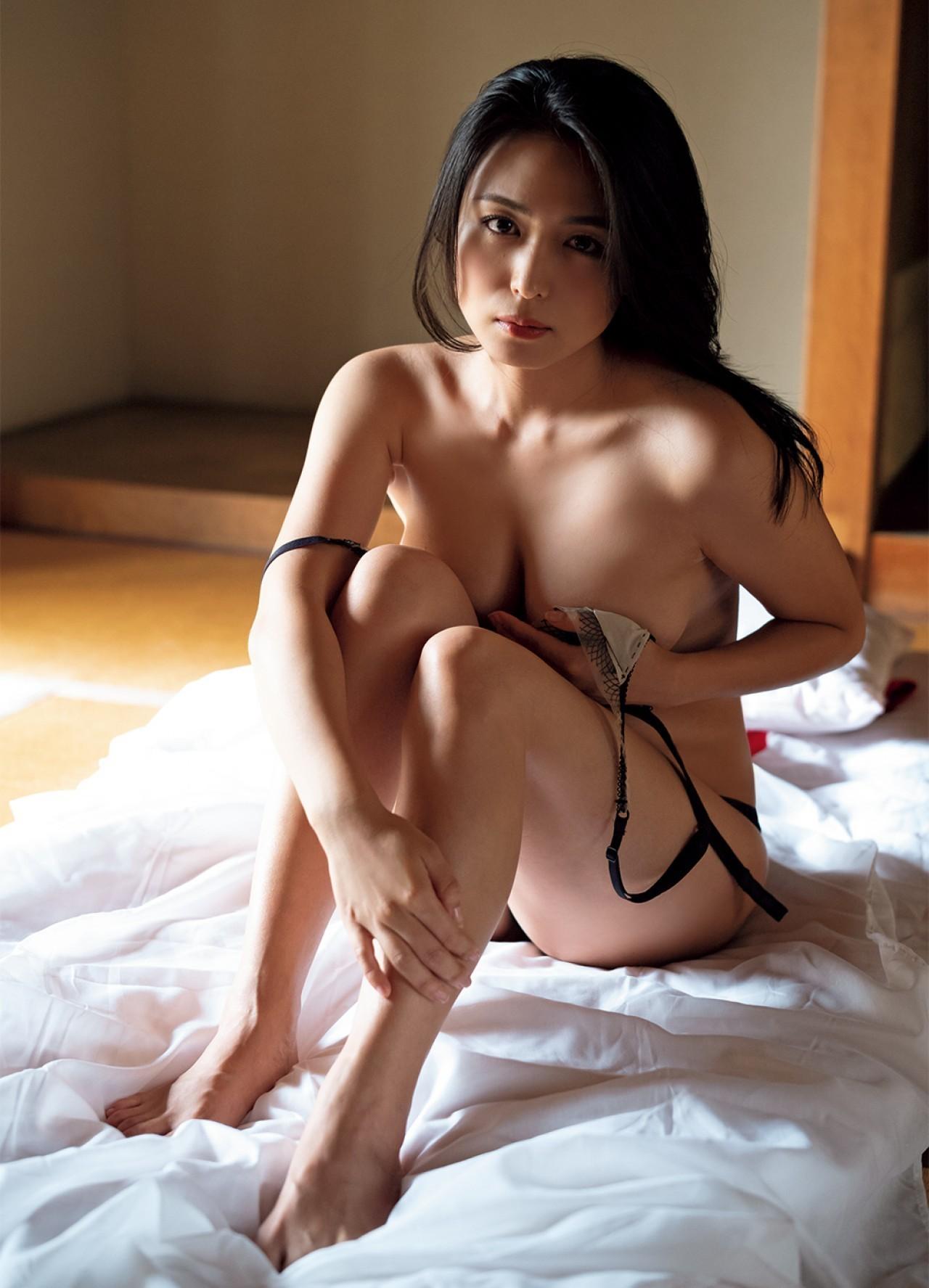 kawamura_yukie198.jpg