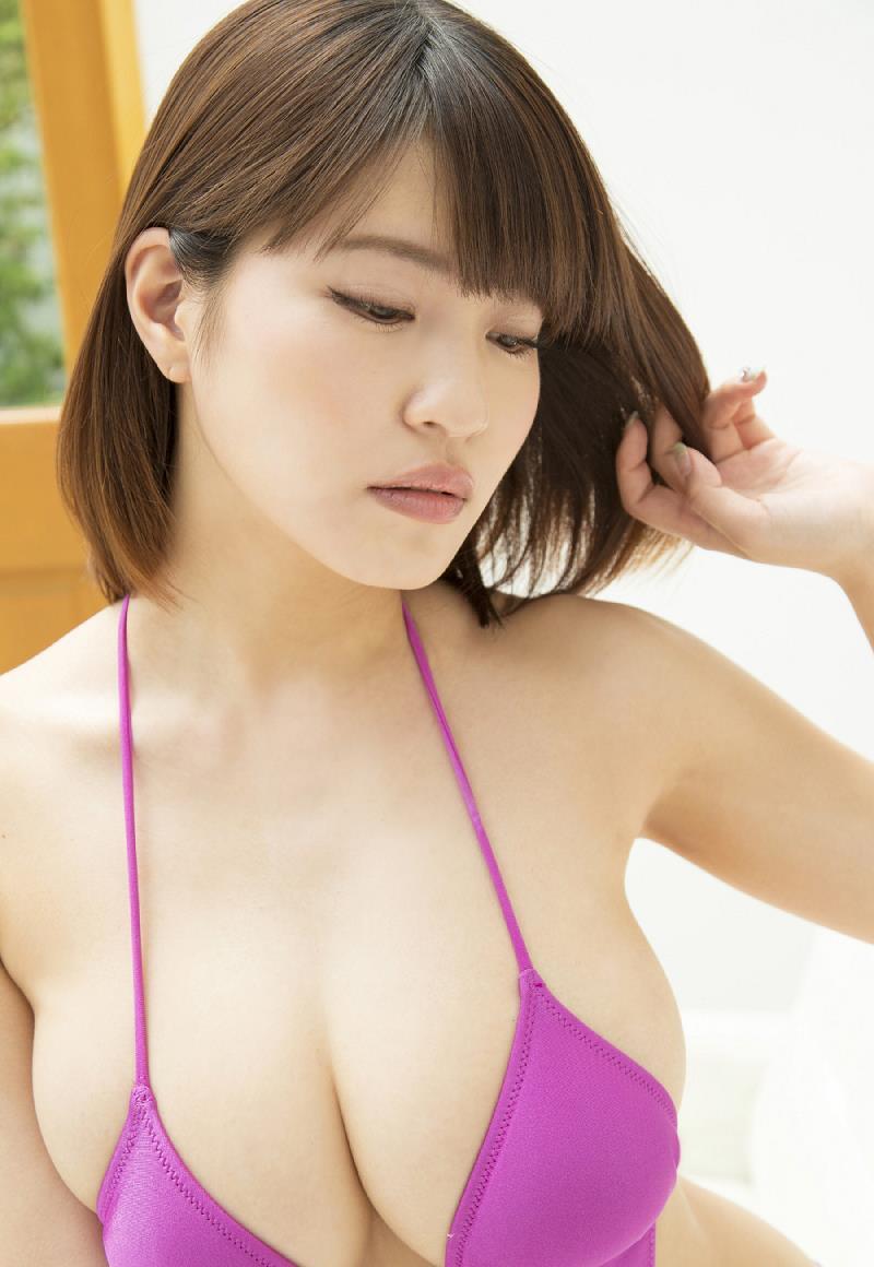 kishi_asuka262.jpg