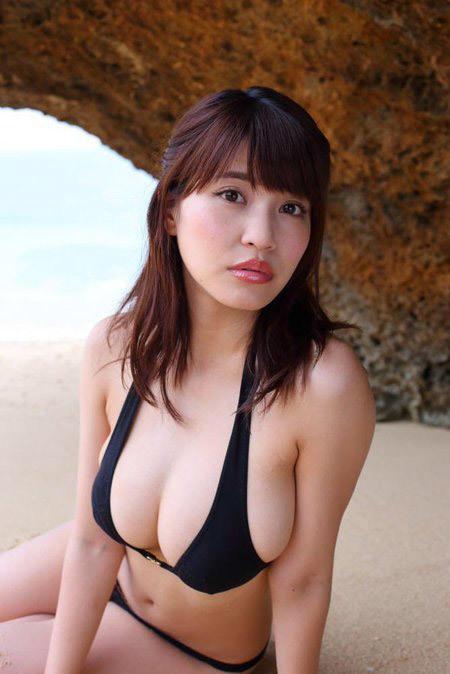 kishi_asuka264.jpg