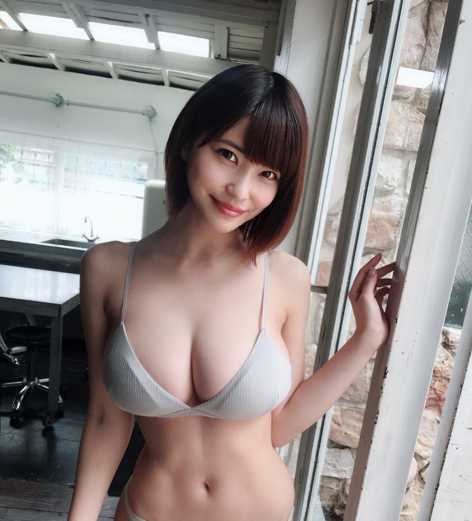 kishi_asuka265.jpg