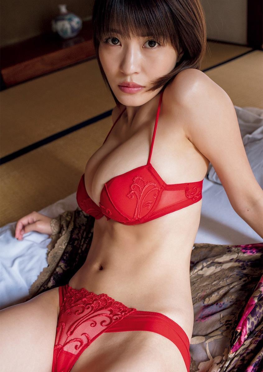 kishi_asuka274.jpg