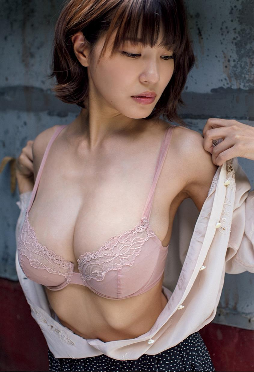 kishi_asuka276.jpg