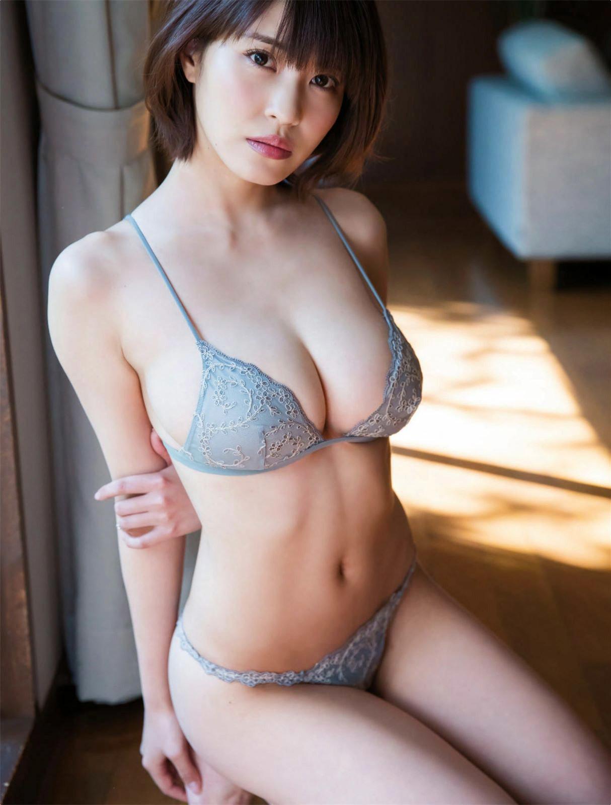 kishi_asuka279.jpg