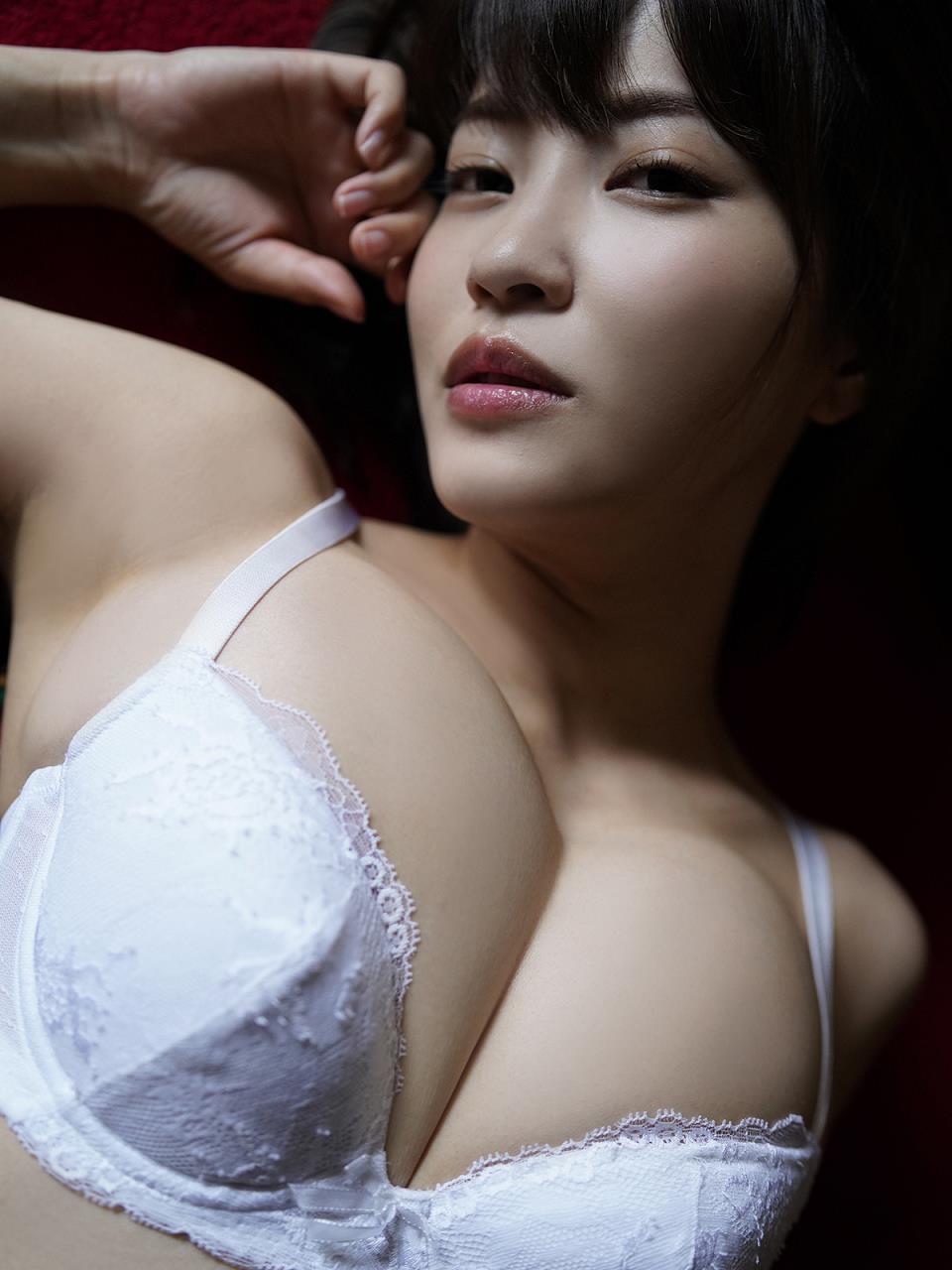 kishi_asuka297.jpg